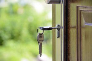 House keys in the lock.